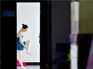 """不满足广场舞,郑州""""芭蕾奶奶""""一年内跳出少女身材"""