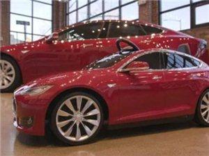 特斯拉Model S最小车主只有三岁!想想我三岁的时候只会玩泥巴