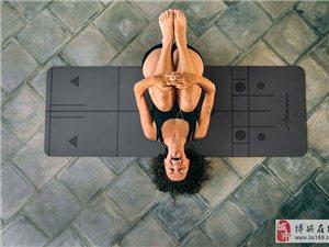 练习体式时眼睛望哪里?凝视法,确保瑜伽正确进行!