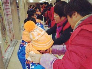 传递正能量!这群于都红衣人为小朋友们献爱心!