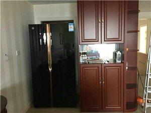 来瞧瞧这款冰箱咋个样?鎏金黑、带吧台,高大上有木有哇?有图有真相