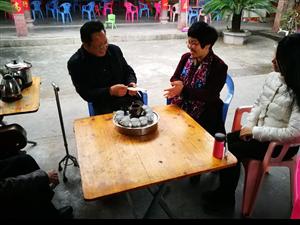 县委宣传部开展道德模范新春走访慰问活动