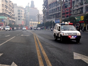 大年初一,广汉街头在爪子?龙灯舞起来、秧歌儿扭起来~嗨起来三(组图一)