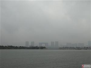无锡鼋头渚―烟雨蒙蒙、太湖春涨。