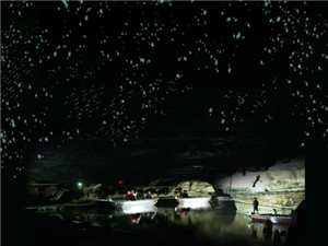 雷速户外俱乐部3月18号周日带你沂水地下大峡谷荧光湖经典一日游!!
