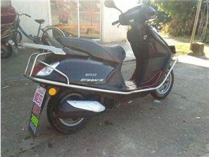 想买台二手女式摩托车