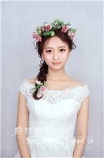 福州新娘跟妆、福州新娘化妆、福州婚纱出租、新娘婚纱造型