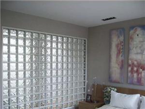 南京装修隔断,玻璃砖的隔断效果