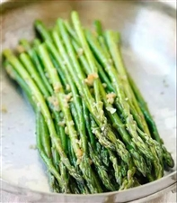 炒蔬菜学会这一招,不溅油不变黄,鲜嫩多汁更好吃!