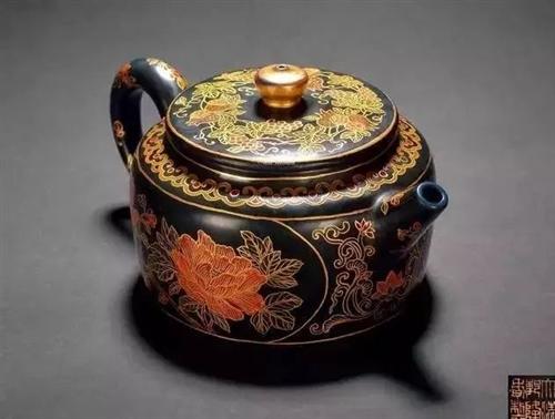 茶人青睐的精美茶壶