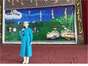 正蓝旗蒙古族小学开展传承民族传统语言文化活动