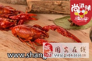 网红小龙虾做法多各国烹饪不一