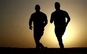 山西一对夫妇纪念结婚30周年 跑了640公里