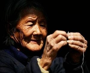 澳门威尼斯人游戏网站原创作品《梦见姥姥》清明节追忆外婆(作者:金辉)