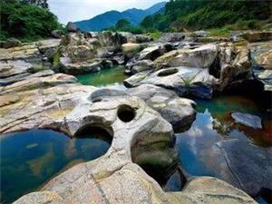 【揭西乡村故事】韩湘子与石内河的缺鼻牛石