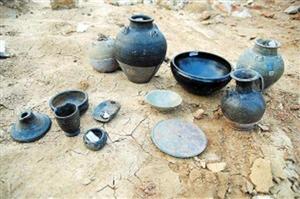 桐城发现北宋古墓出土文物37件套