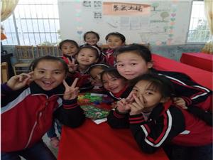 贵州.从江 月亮山脚下留守儿童之家孩子们的笑容