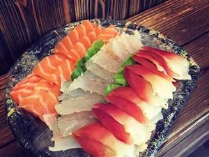 味道好得忍不住舔手指的萨门小町寿司