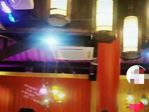 抖音里发现了这家隐藏在串串里的酒吧