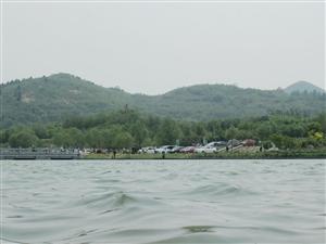 波光粼粼黛溪河