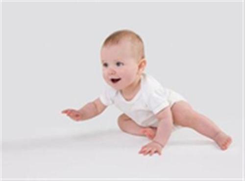 手把手教你在春季护理剖宫产宝宝