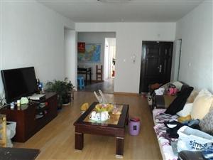 鑫城苑2室2厅简装修电梯房整租