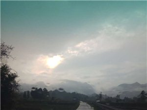 金沙国际娱乐官网有个传说——-笔架山