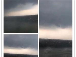 合江昨天下大大大大暴雨啦!雨还会一直下下下下下....