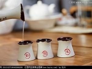 铸造酒魂匠心――记四川省第十三届人大代表、江口醇酒厂品评师唐小勤