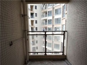 河源市 新市区 华达新城 全新毛坯3+1房126平方 低价出售