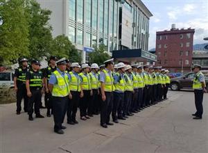 景东交警大队开展夜查严重交通违法行为专项整治行动