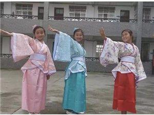 观二酉小学备战中华经典诵读比赛,方知书香沅陵学子古韵气质!