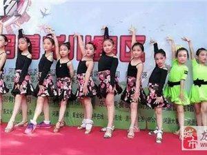 什么,很多龙川家长都带小朋友来这里学舞蹈,61元六节舞蹈体验课,还有小