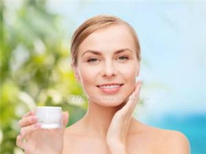 怎样可以让你的皮肤变白变好变嫩