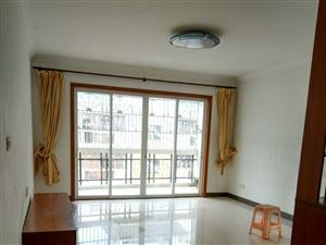 汇龙小区中装4房137平方售43.8万