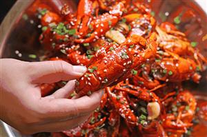 吃小龙虾会胖吗?真相在这里!