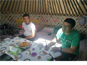 桑根达来镇阿拉台嘎查发展旅游业促进牧户脱贫致富
