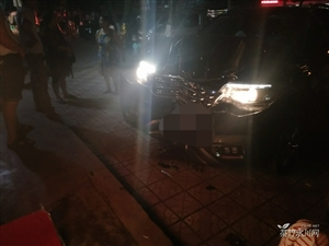 永川发生一起车祸车头碰撞成这样
