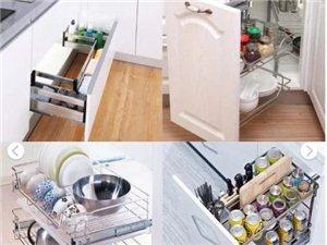 厨房小,东西多,这样整理,空间大一倍