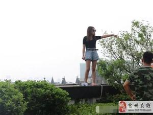 宿州一女子安厦广场跳楼 原来是在华美整形失败