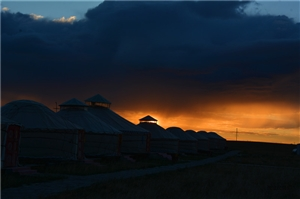 张建民摄影:牧人的节日
