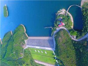 江西第一美湖,就在�S城