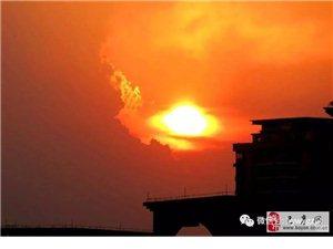 苏城巴彦摄影之一点一处窗外景 道是夕阳醉晚霞-李德文