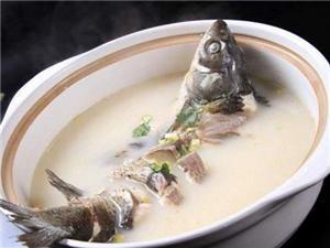 记住这五点,炖出的鱼汤比奶白,比饭店都鲜美