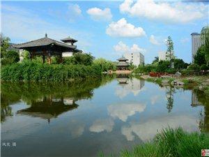 蓝天白云校园湖-献给对晴天的想念