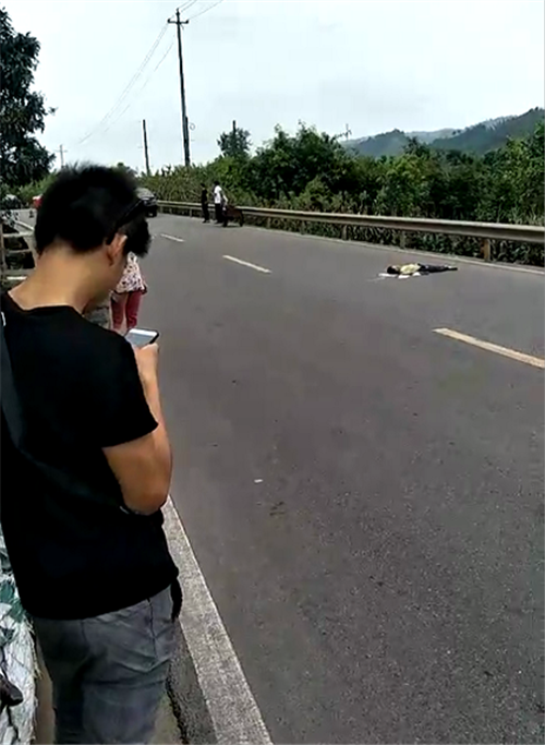 突发!南溪大观发生车祸,一男孩被撞身亡!