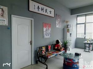 澳门威尼斯人游戏平台第四届最美老板娘网络评选活动—— 王利慧