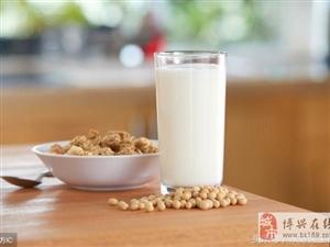 """喝牛奶不注意这5点,很有可能就""""白喝""""了"""