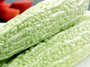 西瓜消暑注意量苦瓜虽好不减肥盛夏季节你吃对瓜了吗