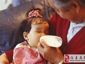 别再吐槽老人带娃了!进来看看奶奶的一天……